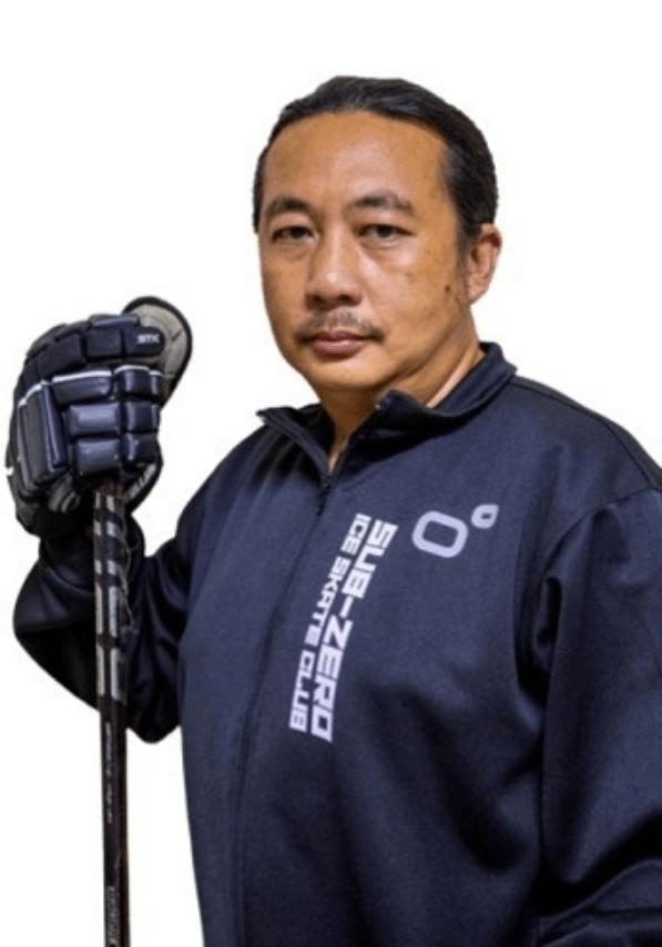 Coach Top Krit Rattapong