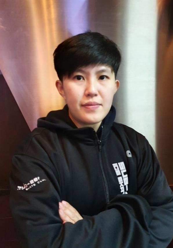 Coach Phung Nuchanat  Ponglerkdee